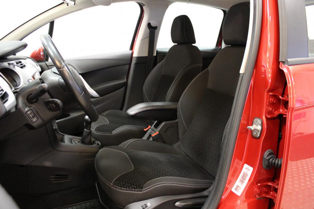 Citroen C3, 1.6HDi 90 Confort #Siistikuntoinen #Vakionopeudensäädin #Vetokoukku