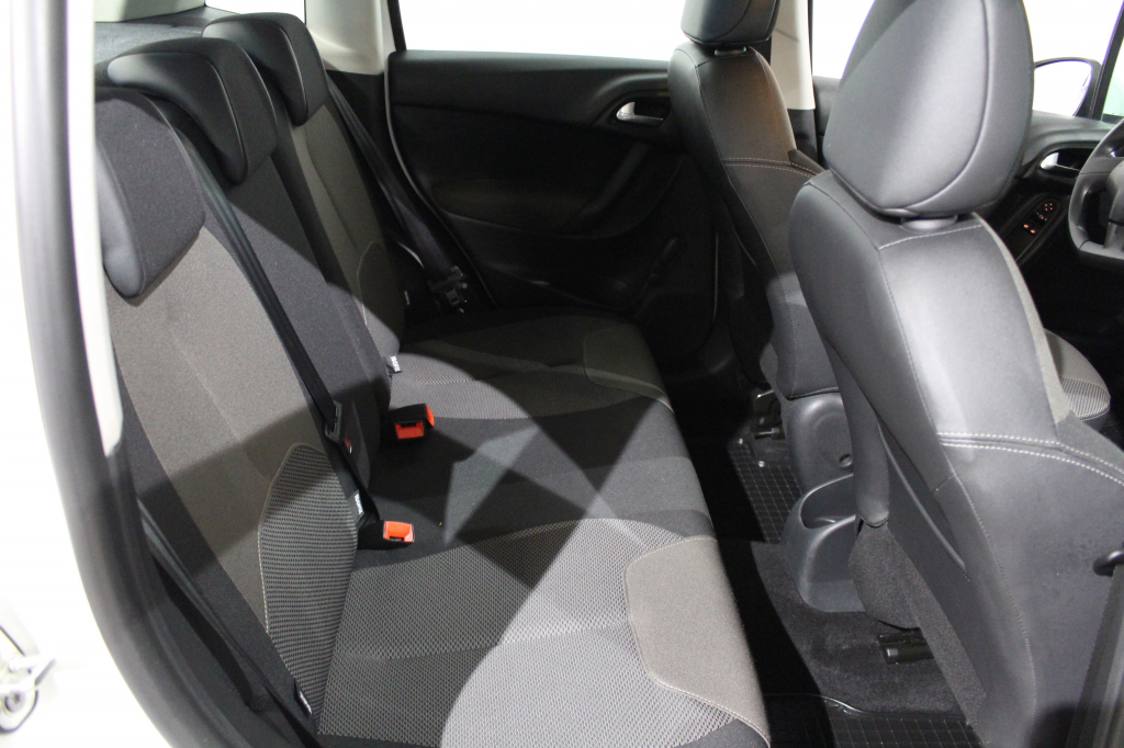 Citroen C3, e-HDi 70 Confort #Automaatti #Huippusiisti #1-Omisteinen #Vakionopeudensäädin