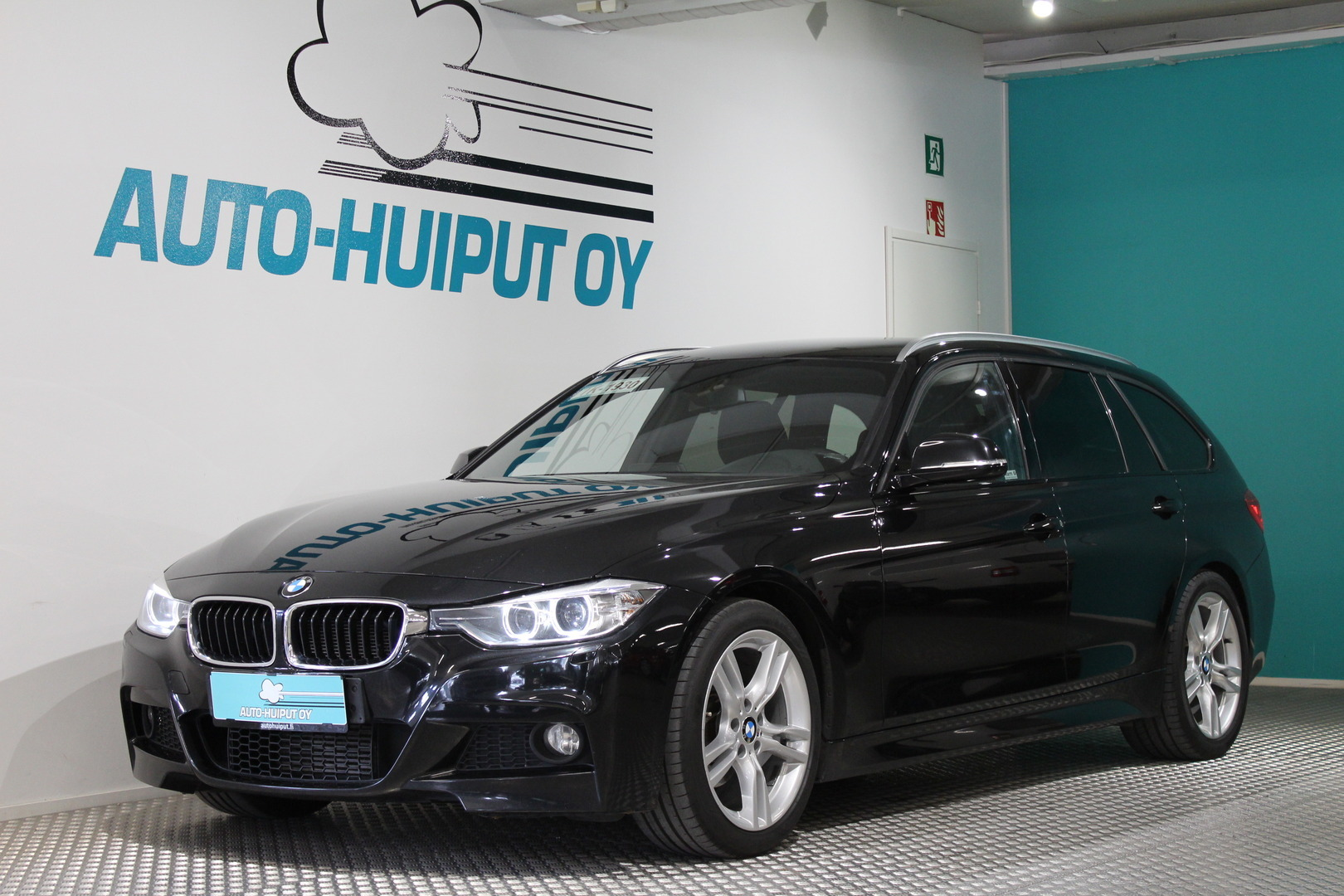 BMW 318, TwinPower F31 Business M-Sport #Huippusiisti #Bluetooth #Ratinlämmitin