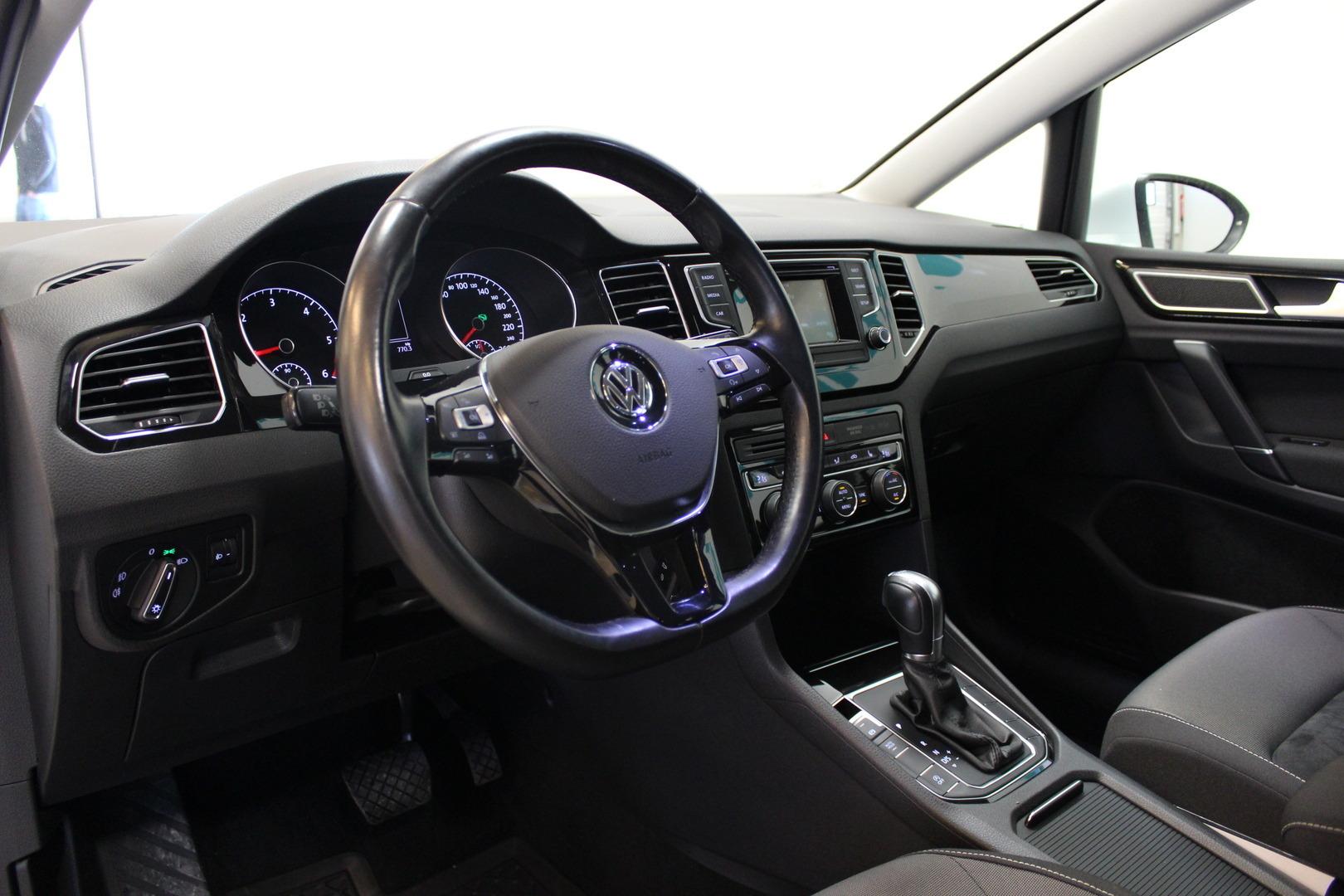 Volkswagen Golf Sportsvan, 2,0 TDI 110 kW (150 hv) Highline DSG #Huippusiisti #1-omisteinen #Webasto