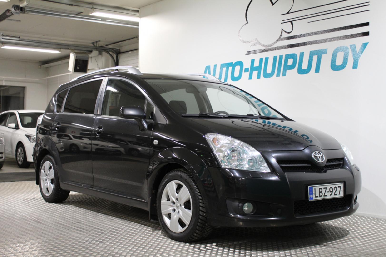 Toyota Corolla Verso, 2,2 D-4D 136hv Linea Sol Plus #Hyvin pidetty #Vetokoukku #Vakionopeudensäädin