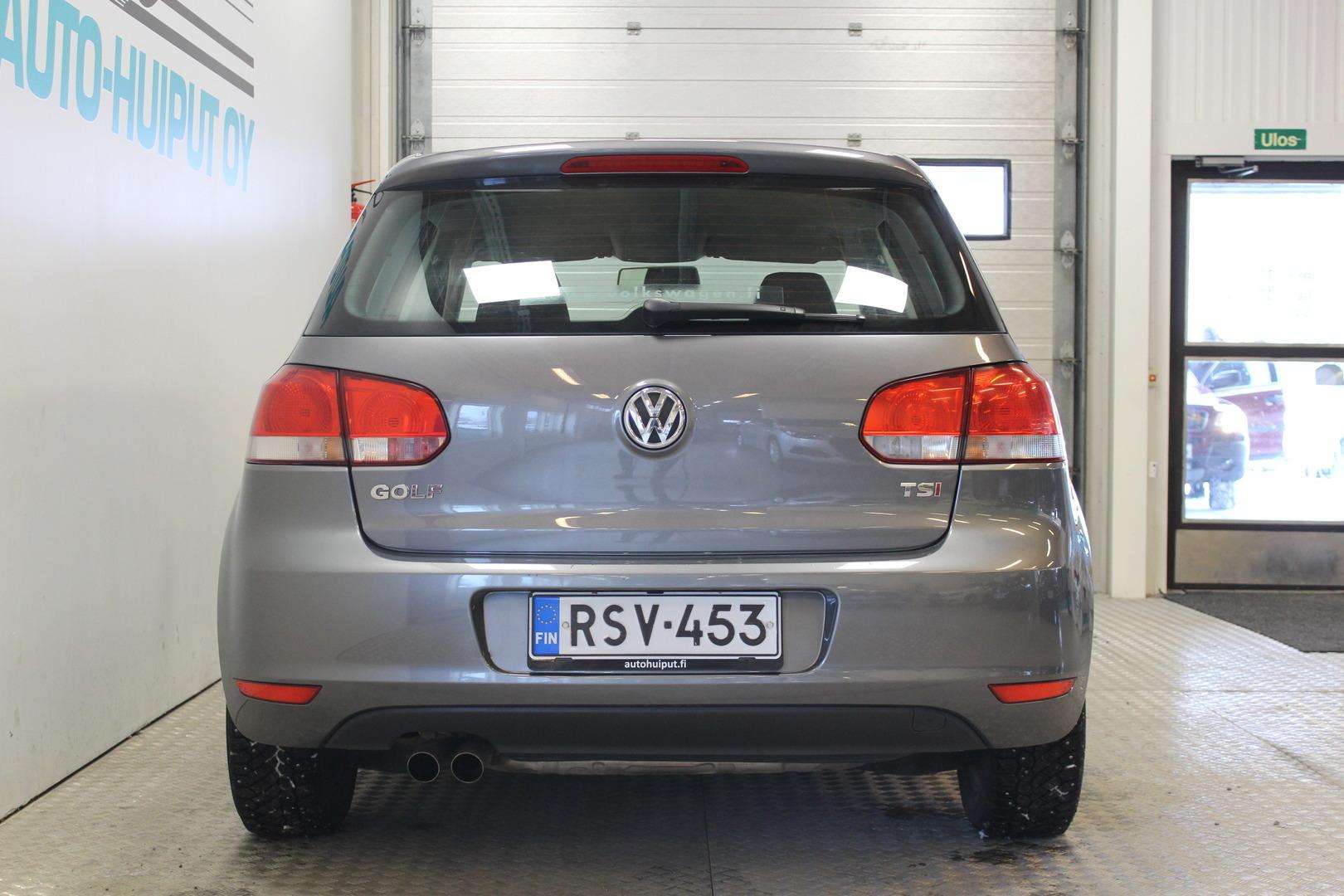 Volkswagen Golf, 1,4 TSI 90 kW, DSG-autom. 4-ovinen Comfortline #Vähän ajettu #Automaatti