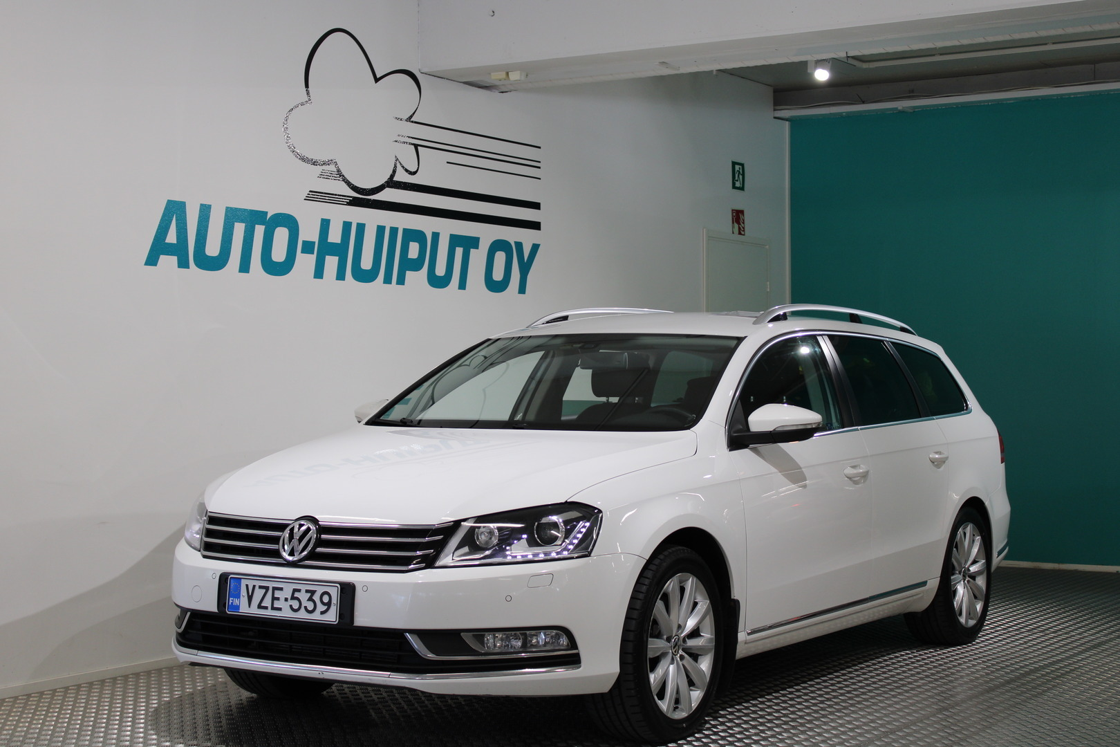 Volkswagen Passat, 1.4TSI Highline DSG #Xenonit #Hyvin varusteltu #Nahkapenkit #Webasto