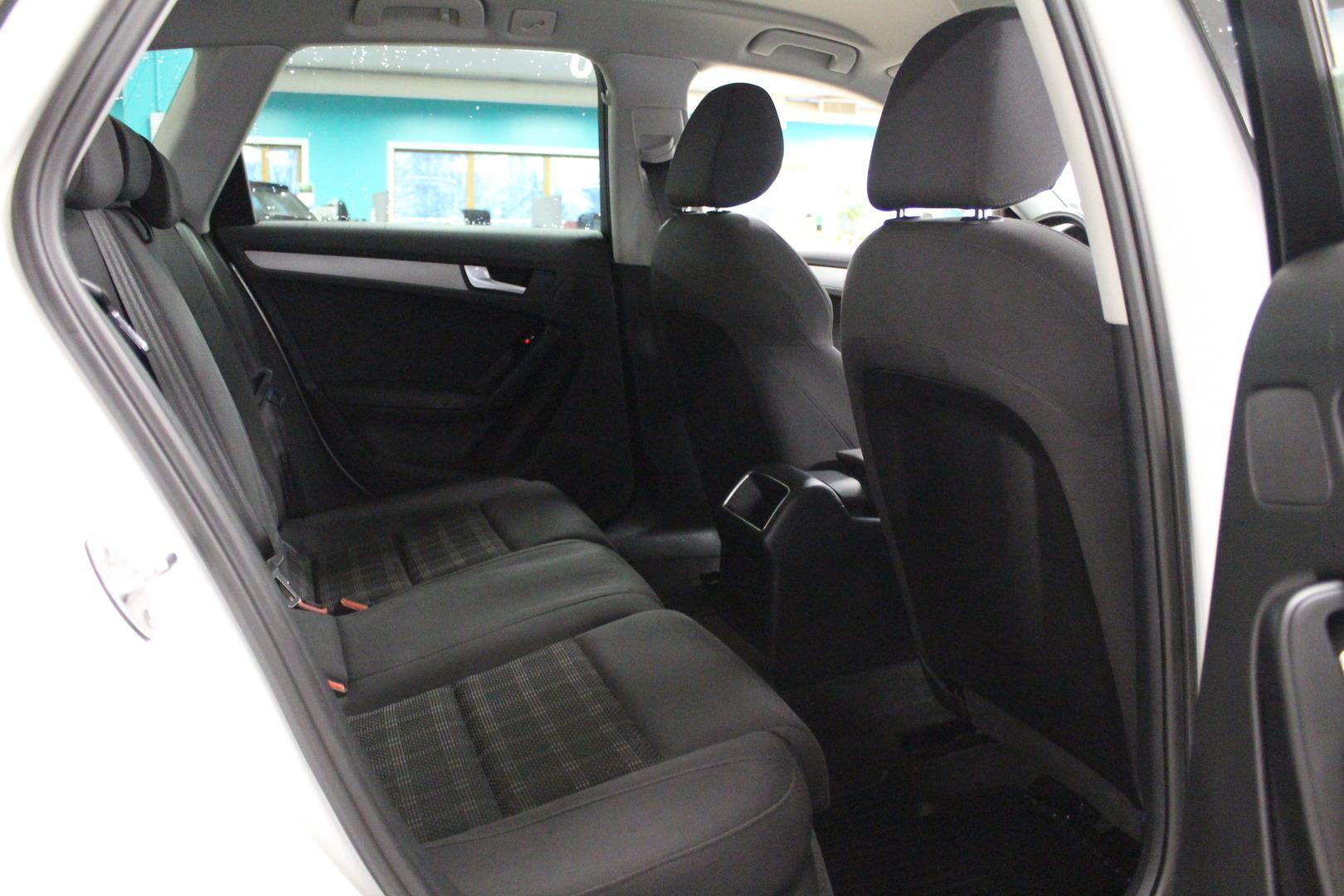 Audi A4, Avant Business 1,8 TFSI 125 kW #Sporttipenkit #Suomi-auto #Huippusiisti