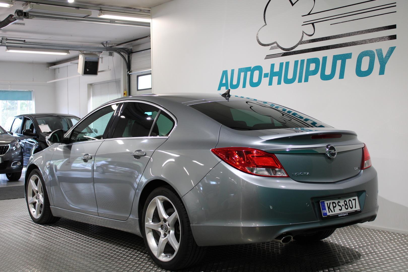 Opel Insignia, Sport 2,0 CDTI Ecotec 118kW **OPC-Line** #Huippusiisti #Hyvin varusteltu #Suomi-auto #Juuri huollettu
