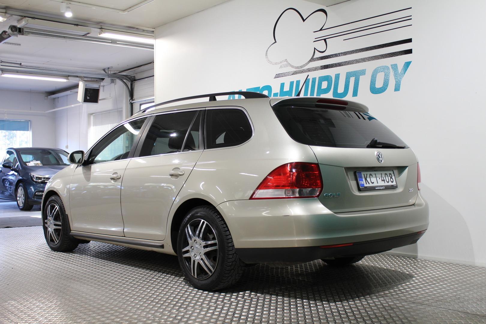 Volkswagen Golf, Variant Comfortline 2,0 TDI #Hyvin pidetty #Asiallinen #Vakionopeudensäädin