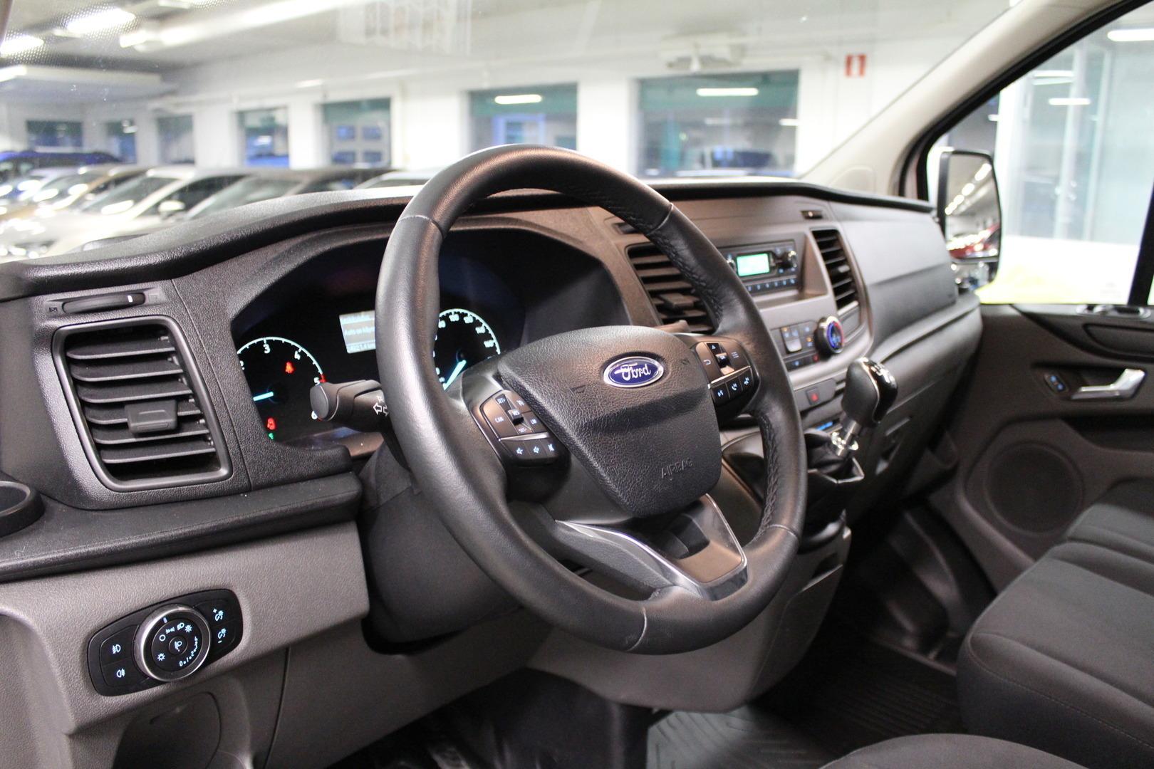Ford Transit Custom, 310 2.0TDCi 130hv  L2H1 **Juuri Tullut** #Takuu #ALV Väh. Kelpoinen #Tutkat