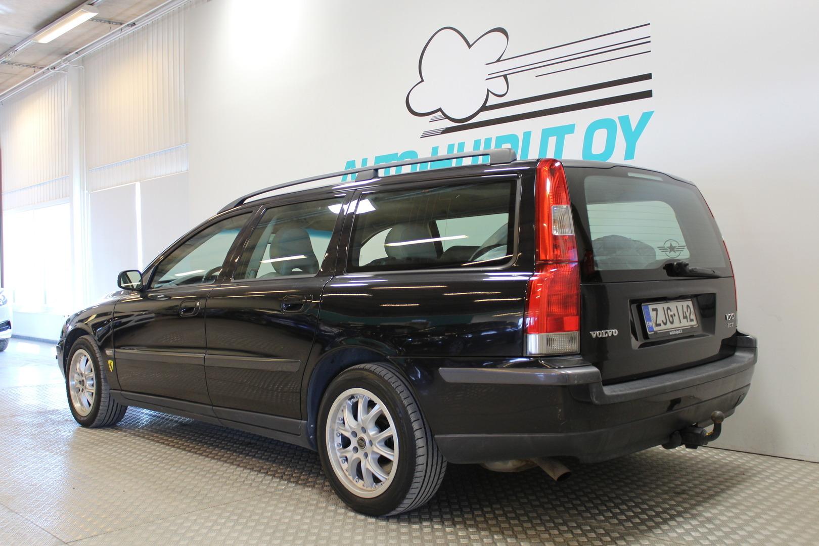 Volvo V70, 2.5T Automatic # Nahat #Vakkari