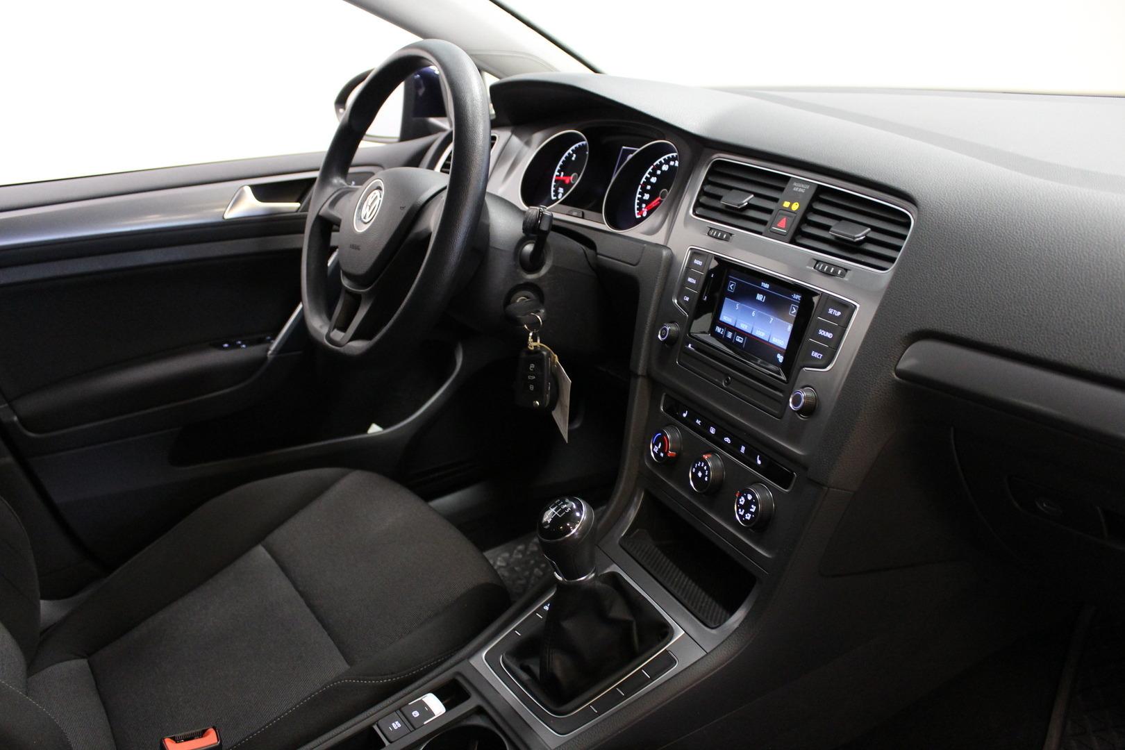 Volkswagen Golf, 1,6 TDI (90 hv) BlueMotion Technology #Webasto #1-Omisteinen #Siisti **Juuri tullut**