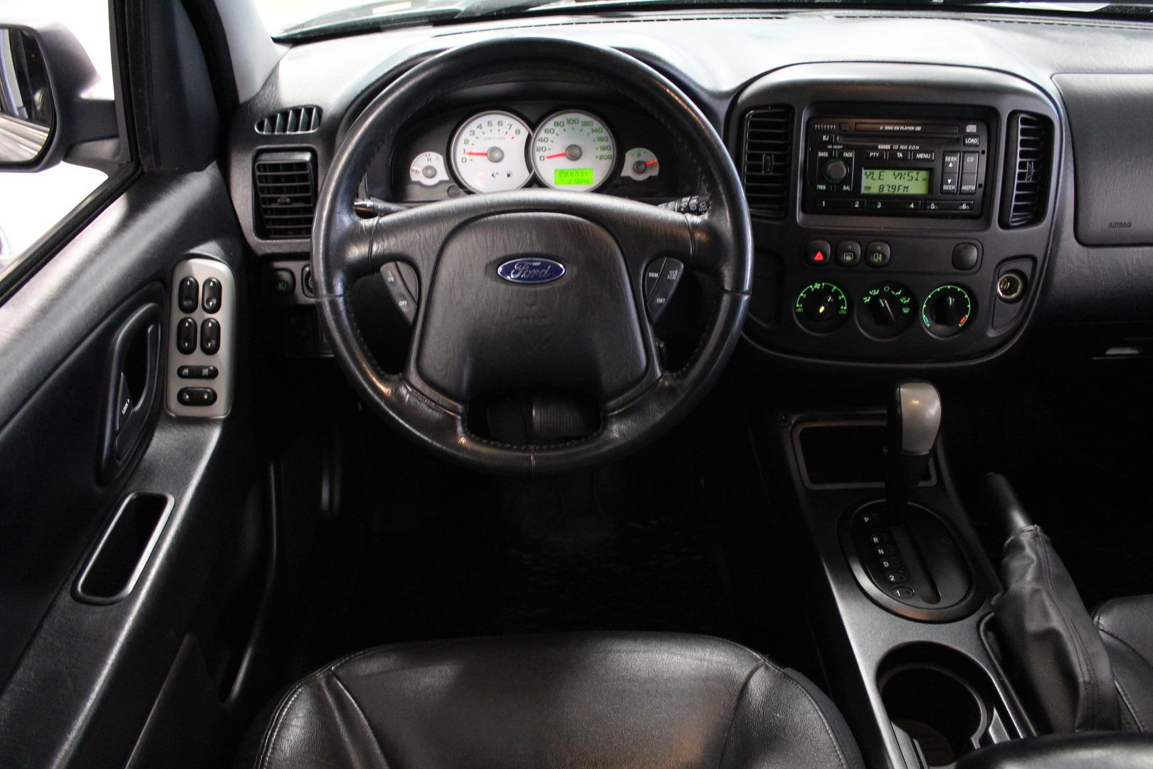 Ford Maverick, 3,0 V6 203hv XLT 4x4 automaatti**Juuri Tullut** #Ilmastointi #Vakionopeudensäädin #Hyvät Renkaat