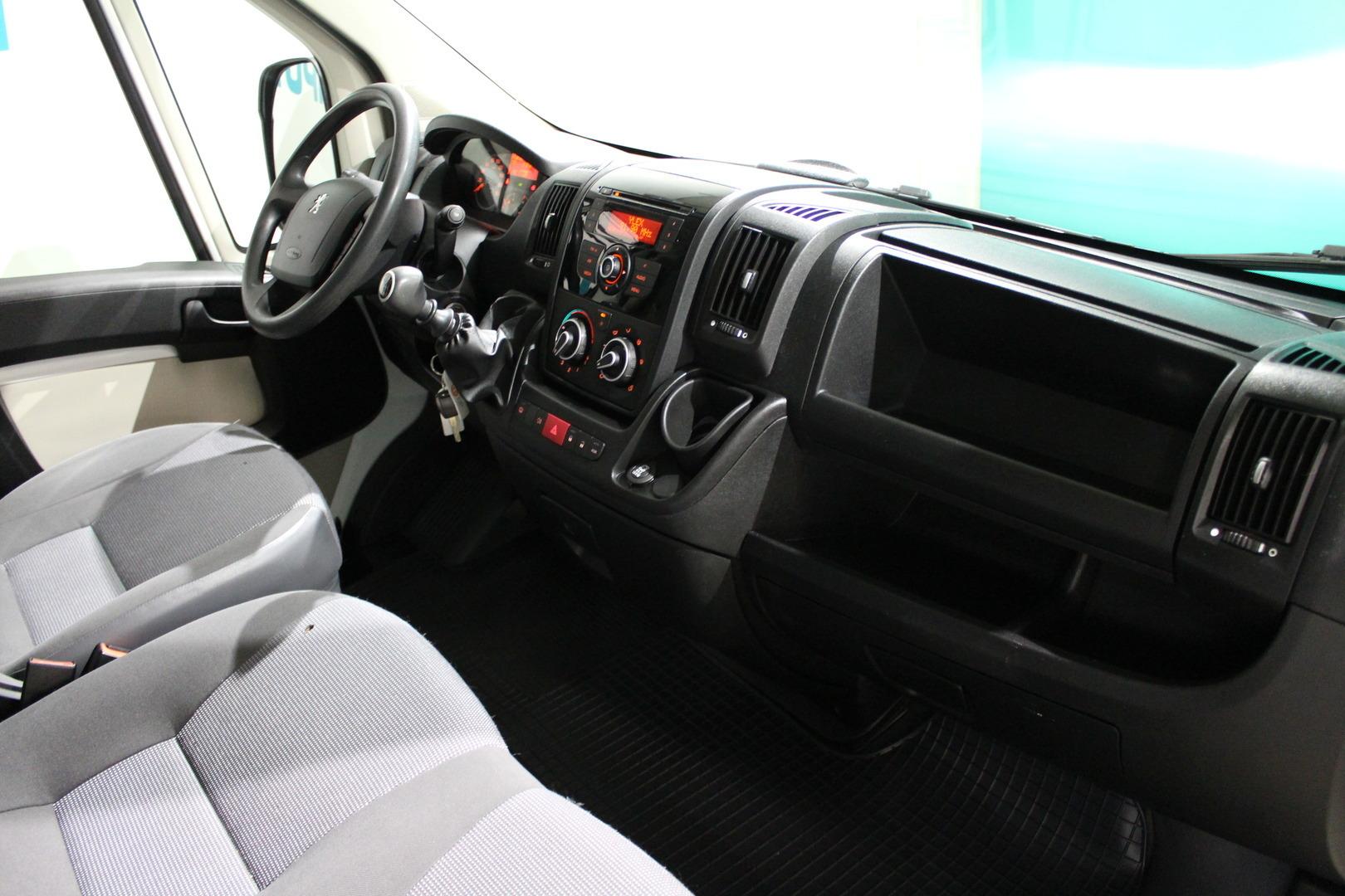 Peugeot Boxer, 335 L2H1 HDi 110 FAP Silver#Alvillinen #Vakionopeudensäädin #Webasto **Juuri tullut**