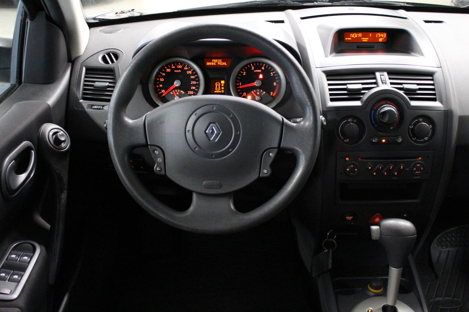 Renault Megane, 1.6 16V Automaatti **Juuri tullut** #Siisti! #Sopivasti #Käsiraha alk.0e