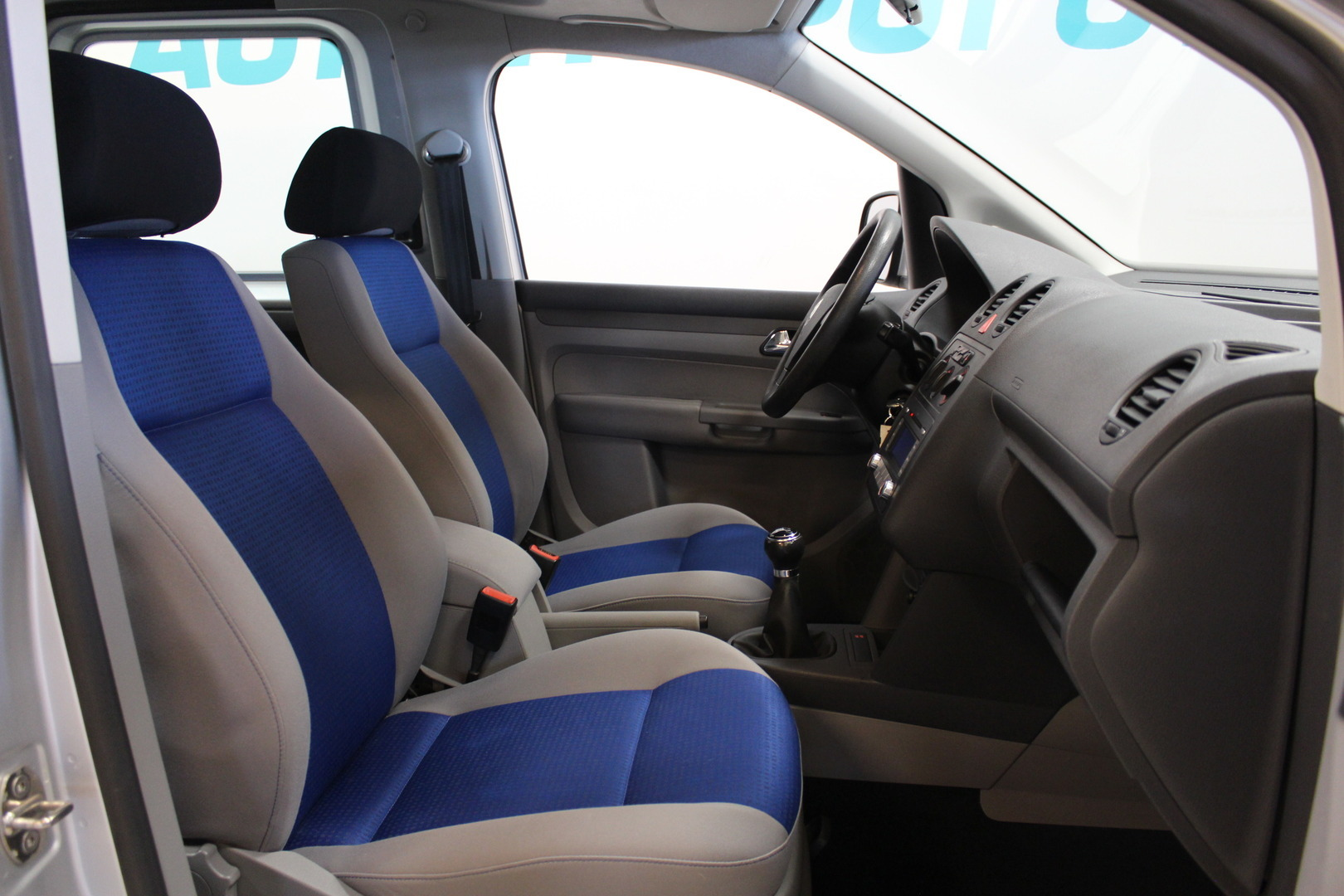 Volkswagen Caddy, 1,9 TDI Life 4Motion **Juuri tullut** #Merkkiliikkeen huoltohistoria #Webasto