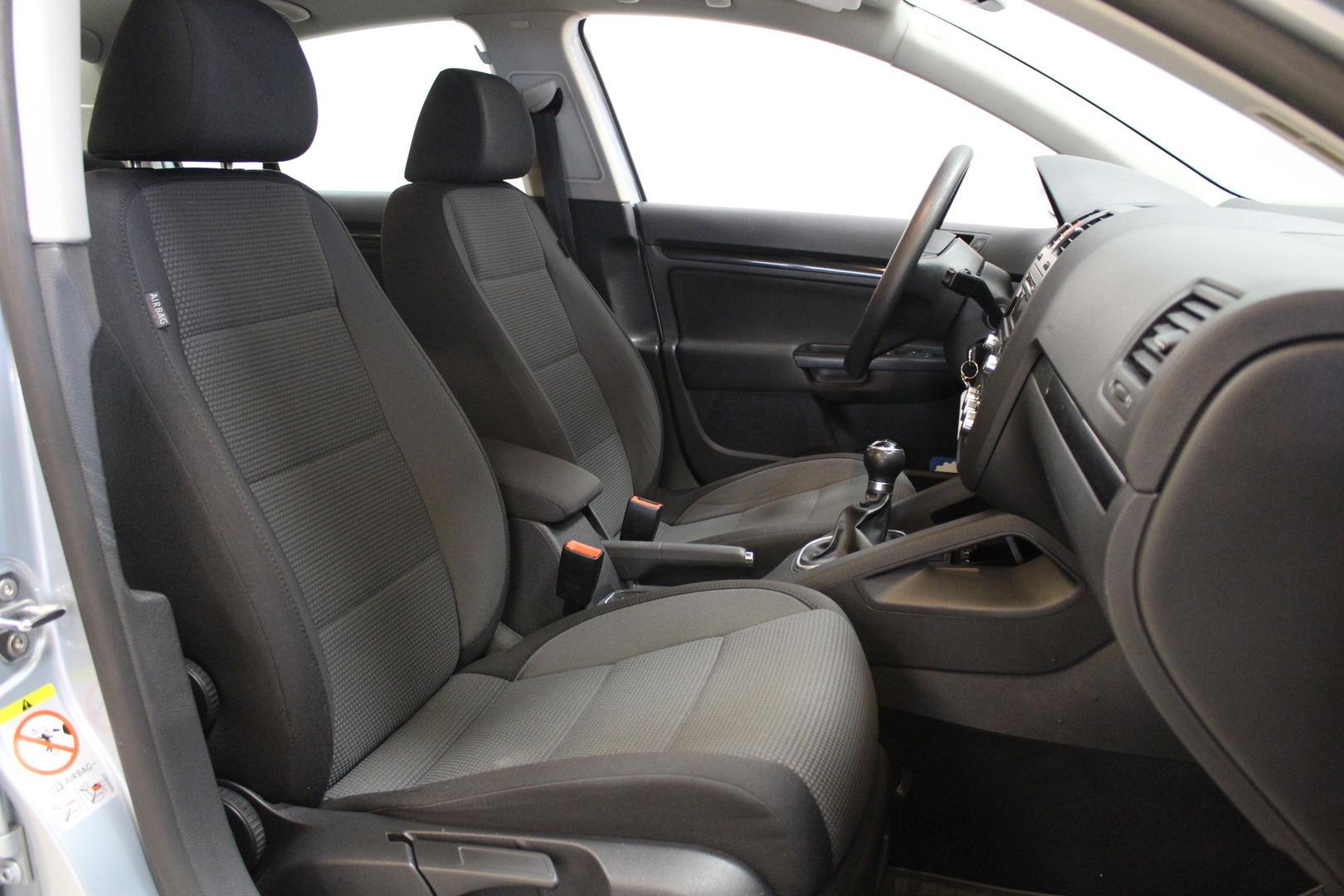 Volkswagen Jetta, 1,4 TSI 122hv Comfortline #1-omisteinen #Merkkiliikkeen huoltohistoria #Vakkari